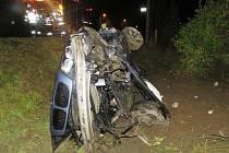 Přípojku plynu poškodil v Klášterci mladý řidič BMW, který nezvládl smyk a havaroval