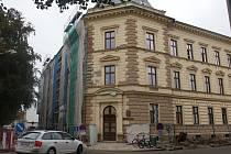 Pokračující rekonstrukce budovy Okresního soudu v Prostějově.