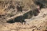 Stavba cyklostezky podél severního břehu plumlovské přehrady - 18. 3. 2020 - místo, kde vznikne menší most přes odvodňovací kanál