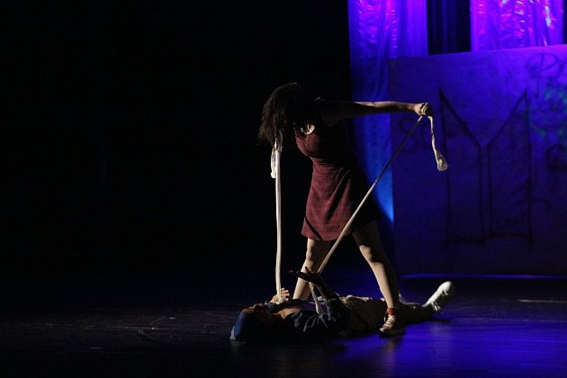 Žonglování, salta, tanec a step vjednom. Taková je Arboria show