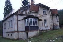 Budova staré mateřské školky v Hamrech