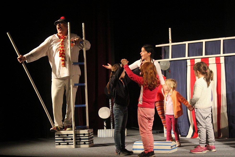 Hanácký divadelní máj v Němčicích nad Hanou