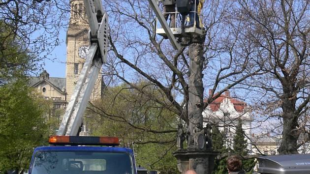 Filmaři se do natáčení dokumentu o Mariánském sloupu v Prostějově pustili v dubnu