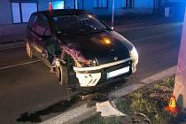 Noční nehoda v Nezamyslicích se změnila v drama - museli zasáhnout policisté