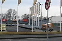 Mezi Konečnou a Říční ulicí, na pomezí Prostějova a Držovic, vyroste nové nákupní centrum. Má stát vedle OBI a naproti hypermarketu Tesco.