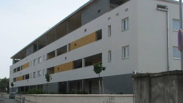Bytový dům v Jezdecké ulici číslo 6 v Prostějově.