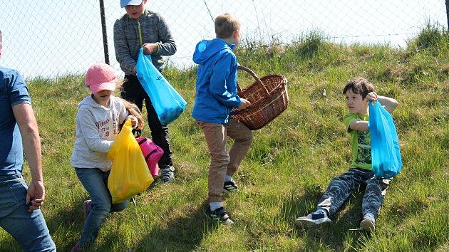 Velikonoční festival ve sběru vajíček v Čechovicích