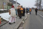 Na čtyři desítky masek se zúčastnily sobotního masopustního průvodu ve Vrbátkách. Místní to oproti jiným obcím měli těžší: čekalo je obcházení hned tří vesnic.