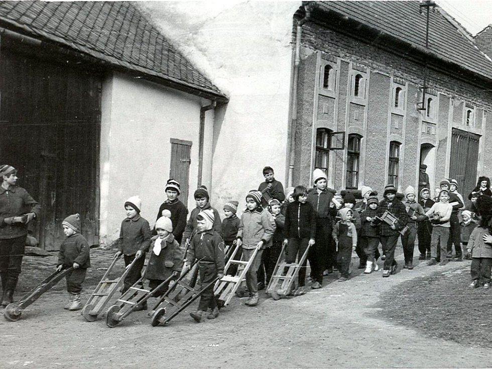 Hrkači na Prostějovsku o Velikonocích 1977.