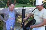 Soutěž o nejlepší kotlíkový guláš v plumlovském kempu Žralok - Zvěřinový guláš na černém pivu ze srnčího a kančího masa