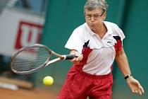 Mistrovství světa družstev Super-Seniorů v Protějově. Na centrálním kurtu se v pondělí utkali ženská družstva Německa a Norska. Dvouhra Kubina Inge (DE) – Trosdahl Kristin (NOR)