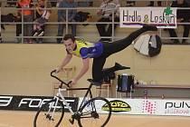 Po deseti letech se v Němčicích nad Hanou opět konalo Mistrovství ČR v sálové cyklistice.