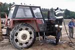 Požár traktoru v Ochozi