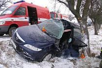 Nehoda mazdy u Vícova