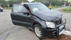 Na křižovatce mezi Kostelcem a Prostějovem se během čtyř hodin srazila čtyři auta.