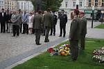 Krvavou neděli v srpnu 1968 si připomněli radní u památníku tří obětí sovětských vojsk.