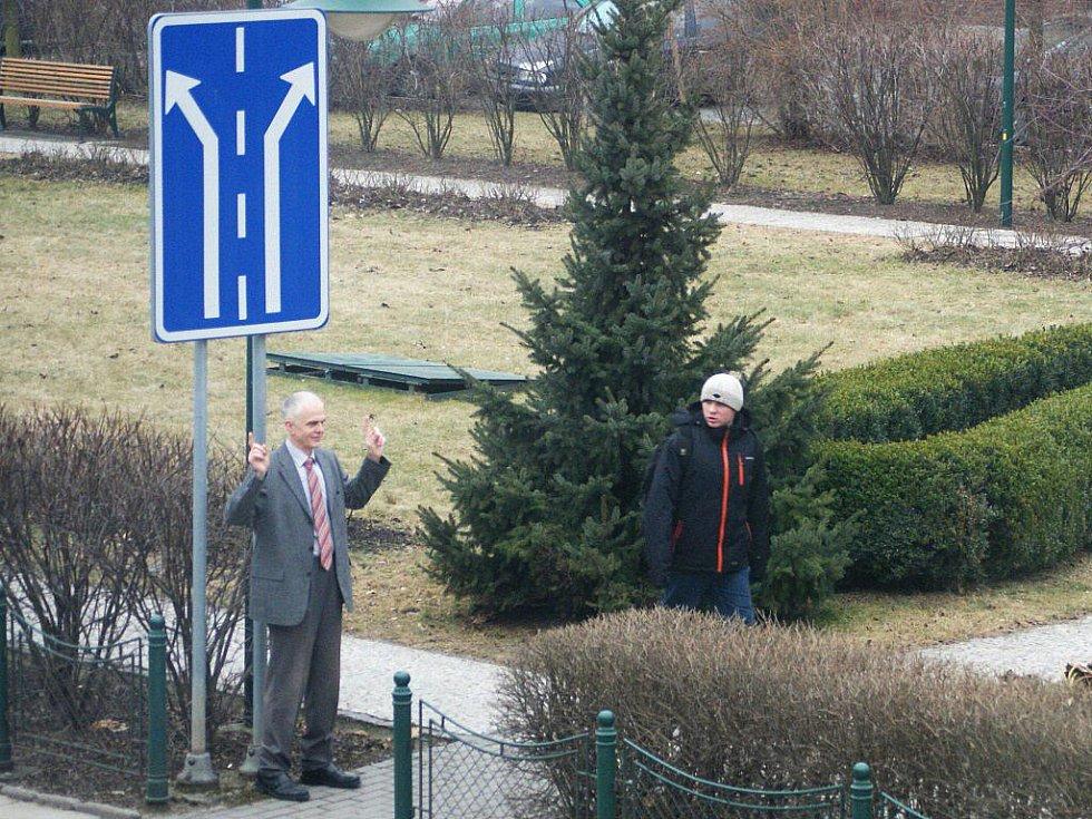 Zdravotnictví na rozcestí. Bohuslav Machaň(na fotografii vlevo) - předseda prostějovského okresního sdružení České lékařské komory