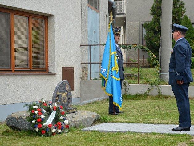 Slavnostní ceremoniál věnovaný výročí narození a úmrtí pilota z 2. světové války Josefu Františkovi