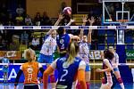 První finále extraligy: VK Agel Prostějov (ve světlé) - VK UP Olomouc