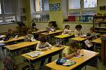 V pátek dopoledne dostali školáci z Vrchoslavic zpěvníky písničkáře Pokáče. 8.1. 2021