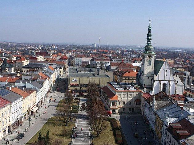 Centrum Prostějova - pohled na Prior - 22. 3. 2011