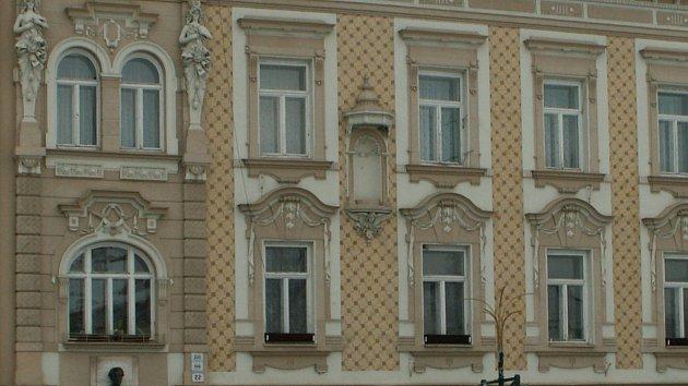 Rodný dům básníka Jiřího Wolkera na náměstí T. G. Masaryka v Prostějově
