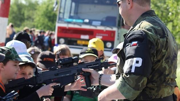 Dětský Den ve vojenském újezdu Březina