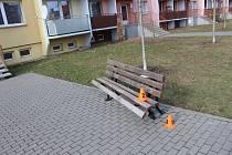 Následky dopravní nehody v ulici Dobrovského v Prostějově