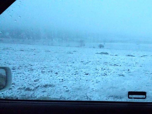 Takto to vypadalo ve středu ráno v Protivanově. Sníh ale brzy roztál.