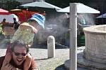Prostějovany bude moci na náměstí TGM osvěžit voda z mlžítka. Mají je už třeba v Brně na Zelném trhu (na snímku)
