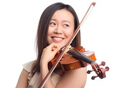Japonská houslistka Sakuru Itoh