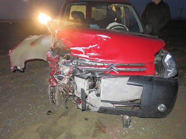 Nehoda toyoty a citroënu na jihu Prostějovska