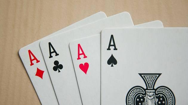 Karetní hra. Ilustrační foto