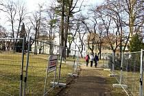 Oplocení Smetanových sadů v Prostějově, kvůli rekonstrukci