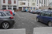 Parkoviště v centru Prostějova - Koželuhova ulice