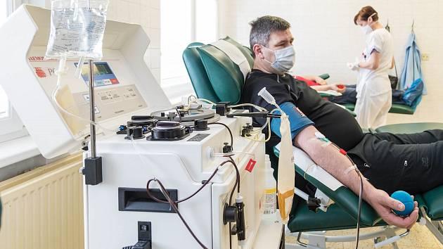 Prostějovská nemocnice obnovuje odběry krve. 31.3. 2020