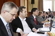Zasedání prostějovských zastupitelů v Národním domě v Prostějově
