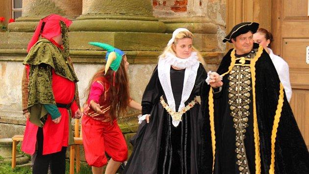 Kostýmovaná prohlídka na zámku Plumlov. Ilustrační foto