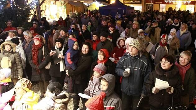 Zpívání koled na náměstí T. G. M. v Prostějově