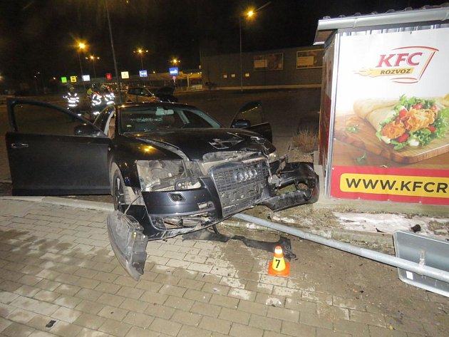 Nehoda na parkovišti v Konečné ulici
