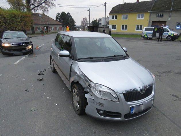 Při nehodě u Ohrozimi se zranil jeden člověk