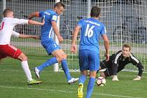 Karel Kroupa (Prostějov) střílí gól na 3:1