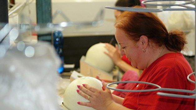Výrobní hala vprostějovské společnosti Gala - výroba míčů