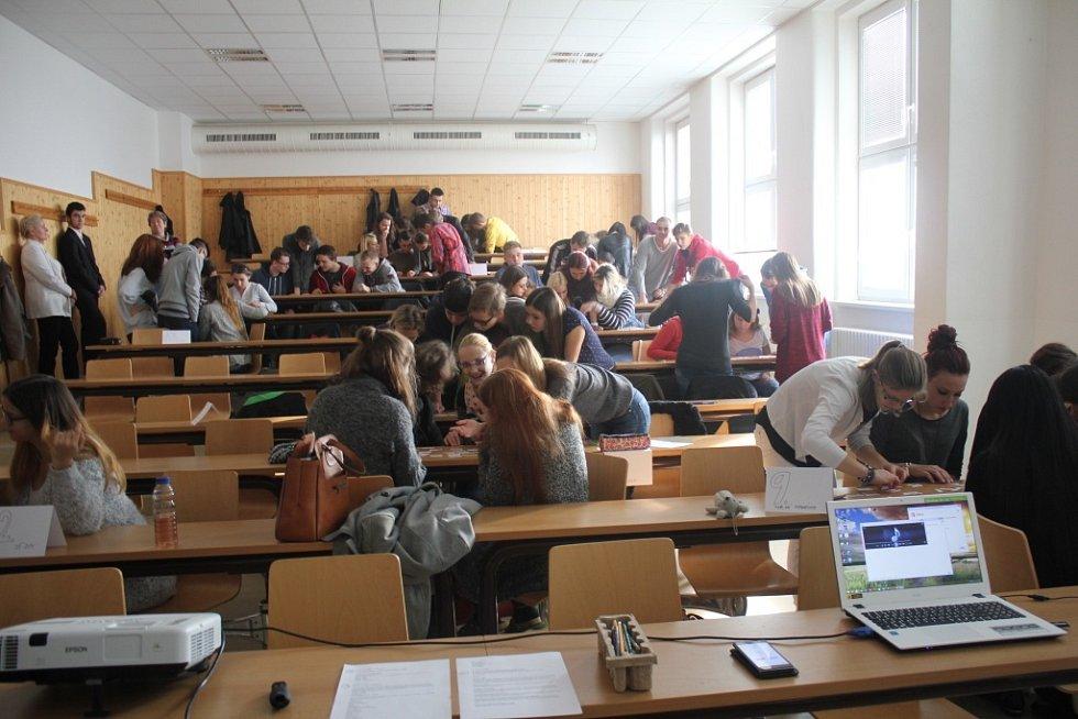 Literární soutěž pro studenty středních škol pořádaná knihovnou v prostorách školní budovy na Husově náměstí v Prostějově