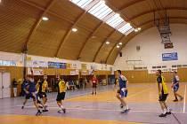 Z utkání KP Brno (žlutí) – MHK Martin (modří)
