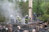 Požár chaty na Pohodlí