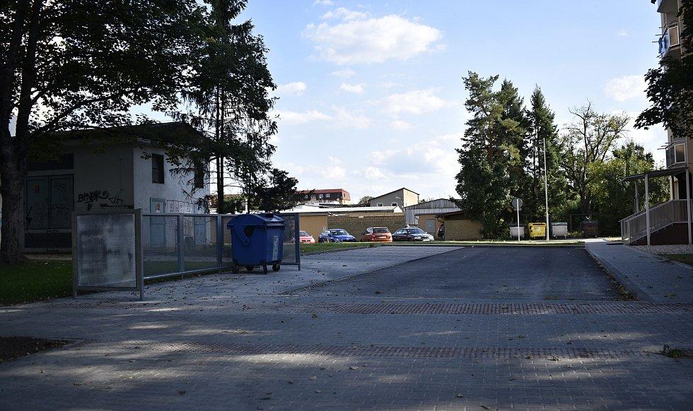 Dopravní trable v jihozápadní části Prostějova nekončí. Aktuálně jsou neprůjezdné ulice Žeranovská a Šmeralova. Šmeralova ulice bude neprůjezdná do poloviny října. 15.9. 2021