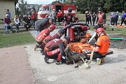 O vítěze v mužských a ženských soutěžích požárního útoku spolu bojovali hasiči v Soběsukách.