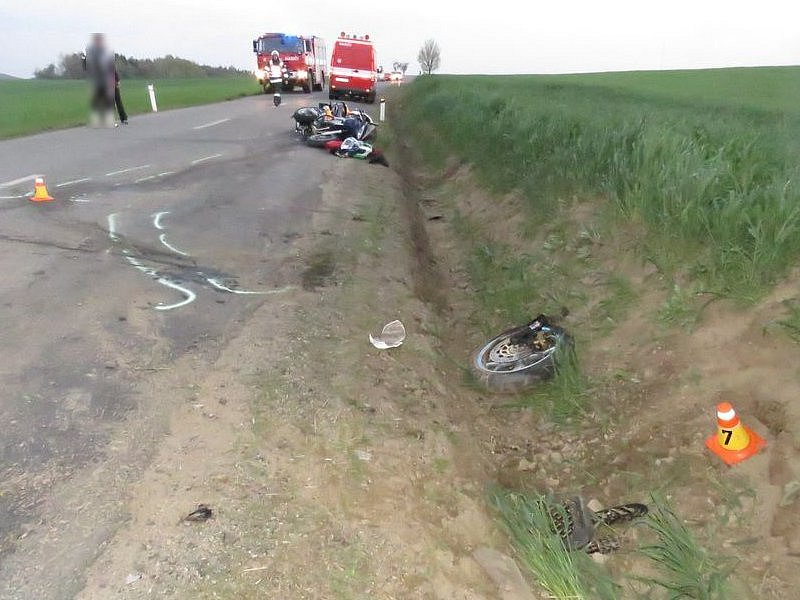 Srážka dvou motorkářů mezi Otínovsí a Rozstáním