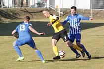 První zápas jara přinesl Hanákům tři body. Na domácí půdě zdolali Sokolov 1:0 a uctili tak památku Petra Langra.
